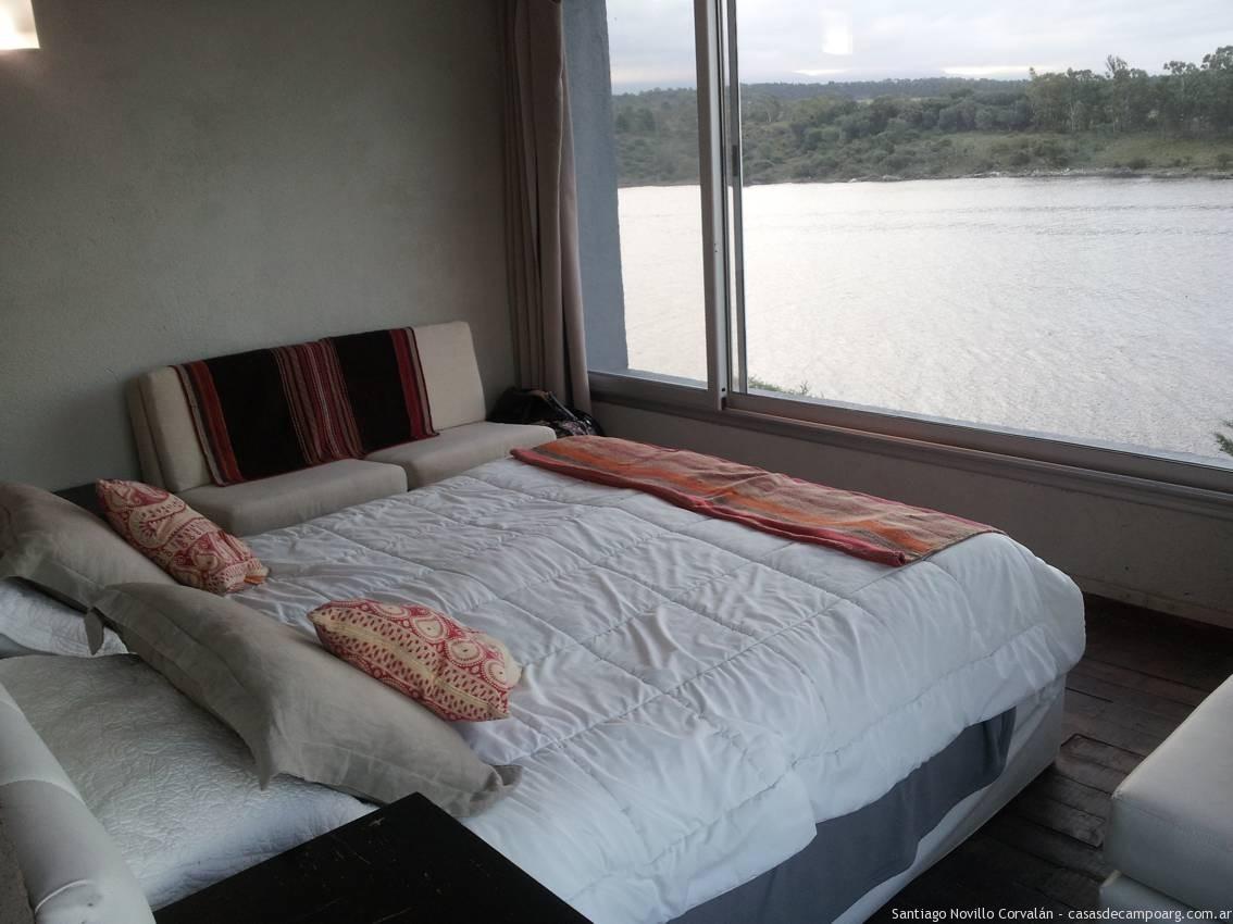 dormitorios_principal_con_vista_al_lago